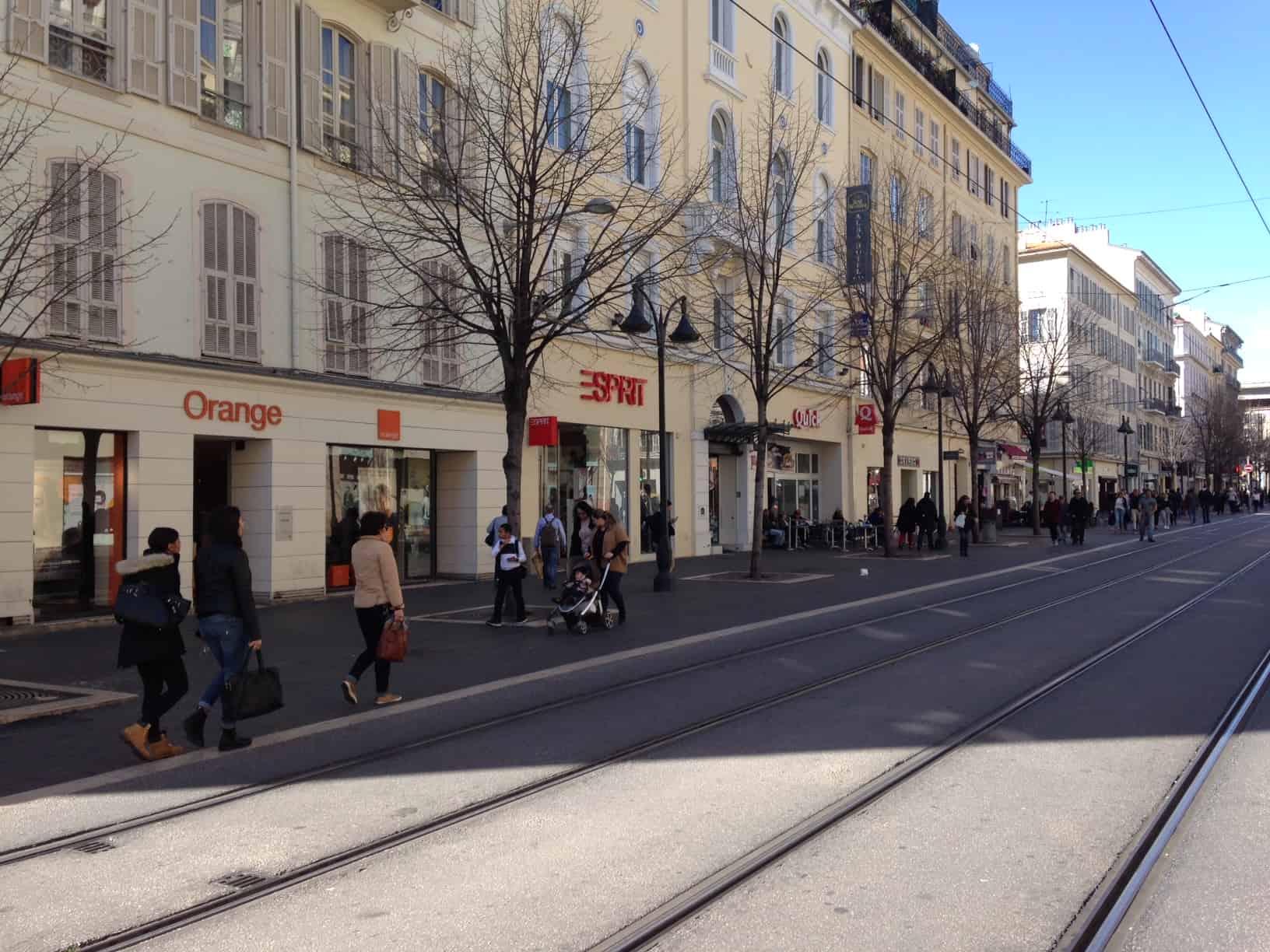 Bb2507 N°1 Commerces Liberté Jean Emplacement Avenue Medecin qI6wzn08