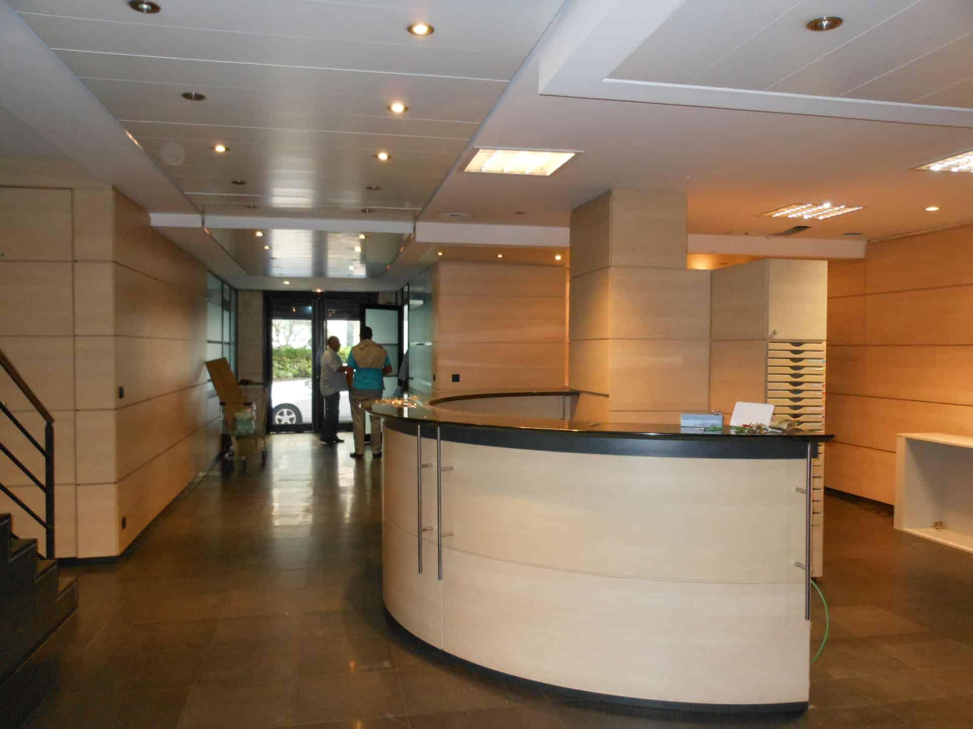 Bail Commercial Hotel Restaurant