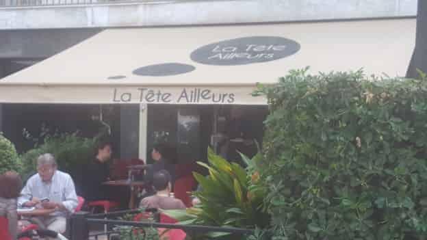 LA TETE AILLEURS