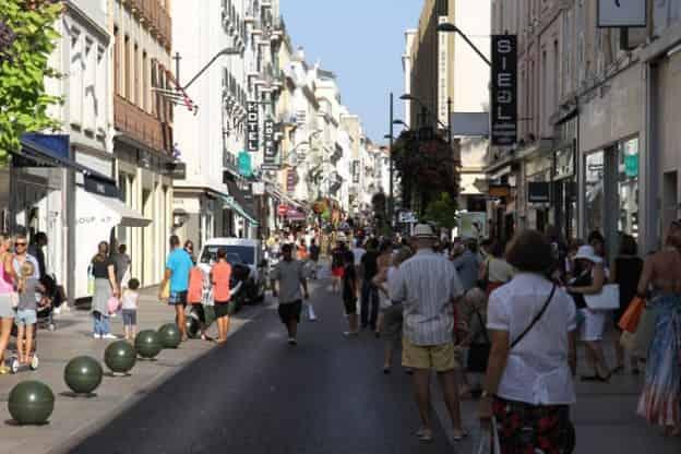 Rue d'Antibes C