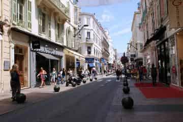 Rue d'Antibes B