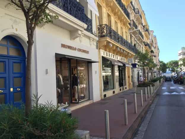 À VENDRE TRÈS BELLE BOUTIQUE CANNES – CL3796