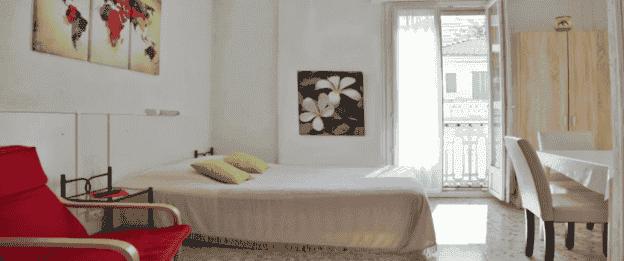À CÉDER HOTEL MEUBLÉ MURS ET FONDS NICE – PL4499